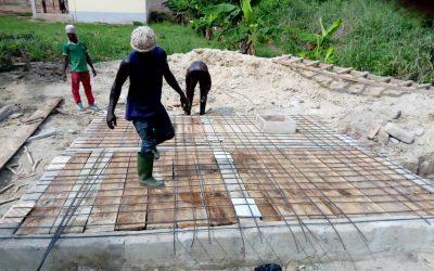 Bau weiterer Toiletten für die Schule